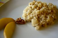 Risotto with pears, walnuts and taleggio