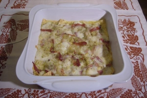 Lasagnetta bacon and pistachios