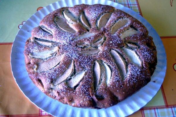 pastel de manzana y frutos secos