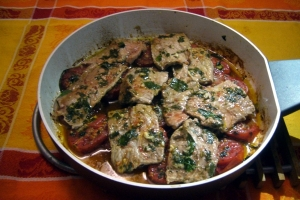 Beef squares of Vesuvian tomatoes