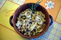 Cuttlefish with beans flavored with Provencal herbs