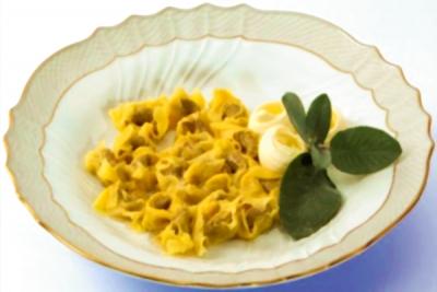 Tortellini de Valeggio - mantequilla y salvia