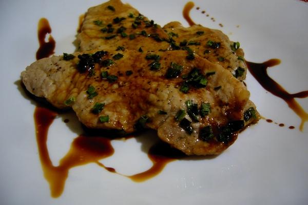 Lonza mit Schnittlauch und Balsamico-Essig