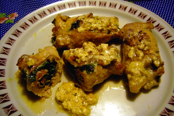 Loin roulade with spinach and walnuts