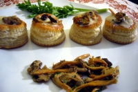 Vol-au-Vent cheese and chanterelle mushrooms